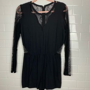 ABERCROMBIE & FITCH Black Long/Lace-Sleeved Romper